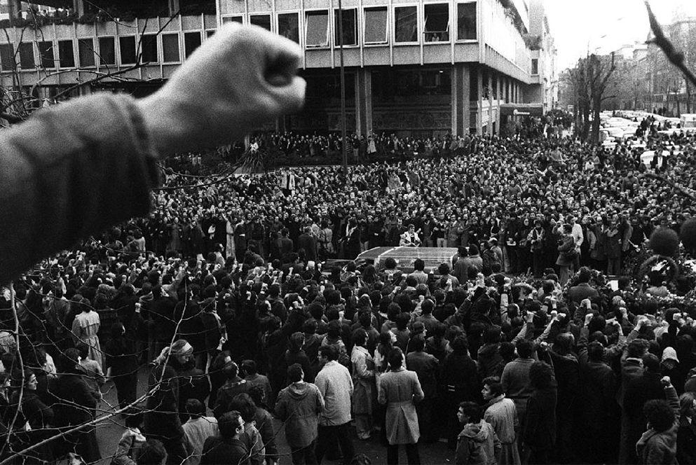 Imagen de la manifestación sllenciosa que acampañó los féretros de los abogados y sindicalistas asesinados por las calles de Madrid. / Archivo del PCE