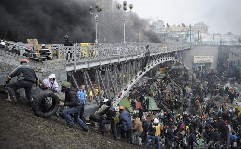 barricada_puente_Kiev