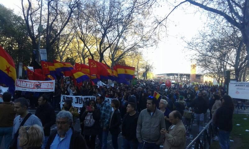 22M_Cola_Manifestación