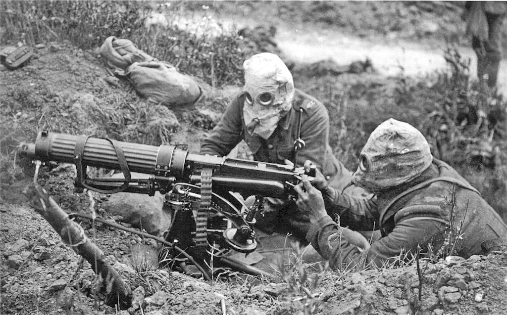 Soldados_británicos_máscaras_antigas_I_Guerra_Mundial