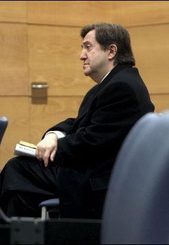 Federico Jiménez Losantos durante uno de sus juicios por querellas, en este caso, la presentada por Alberto Ruiz-Gallardón. / Emilio Naranjo (Efe)