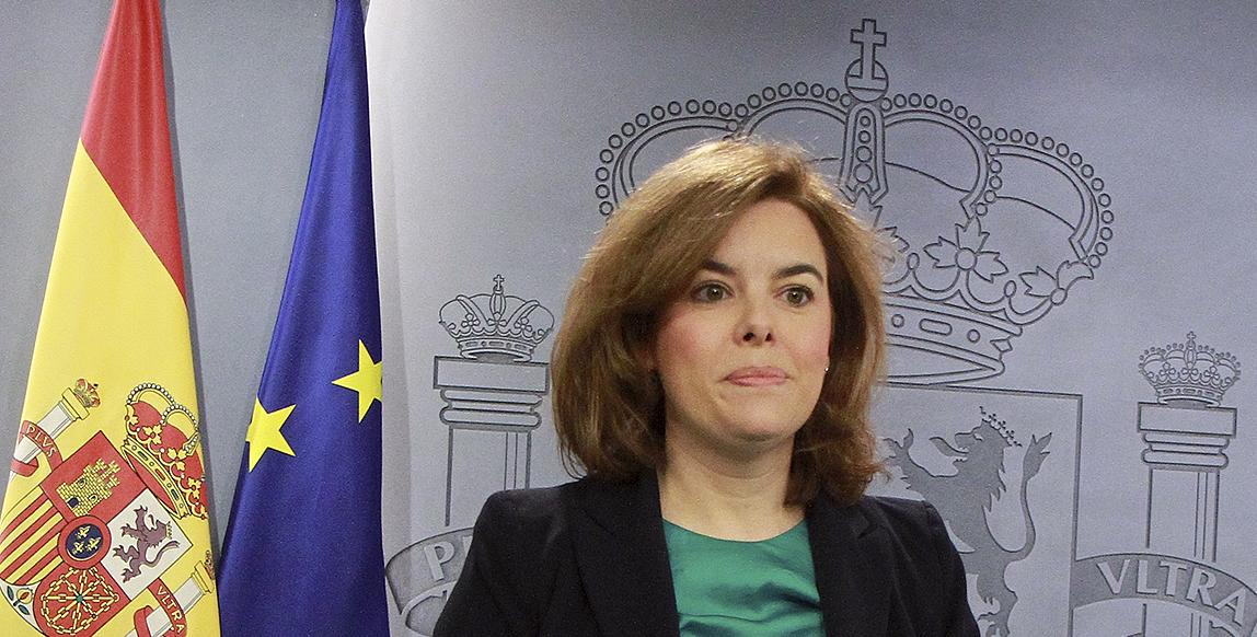 La vicepresidenta Soraya Sáenz de Santamaría en la rueda de prensa del Consejo de Ministros del pasado día 6./ La Moncloa