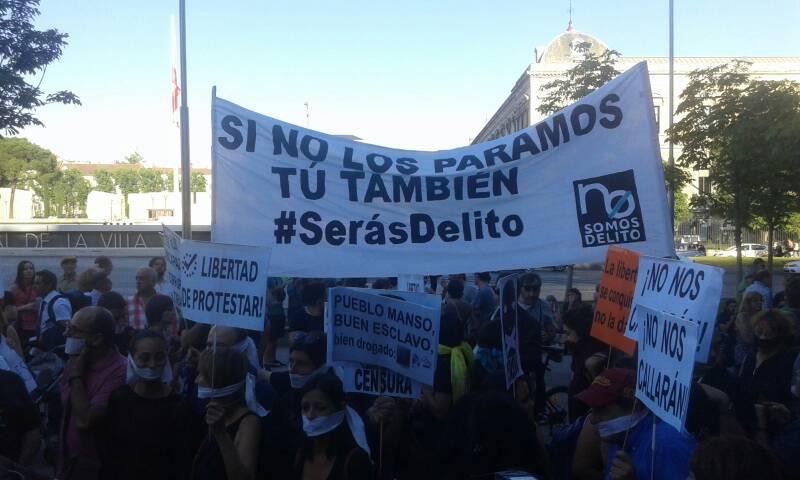 Pancartas_contra_ley_mordaza