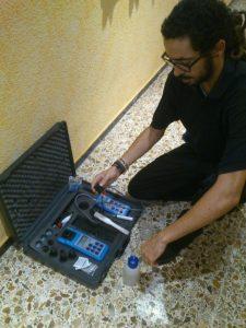 Manuel Vega en un momento de su trabajo