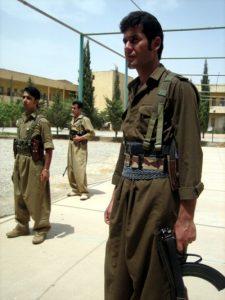 Peshmergas del PDK de Irán en una base de Irak. / Manuel Martorell