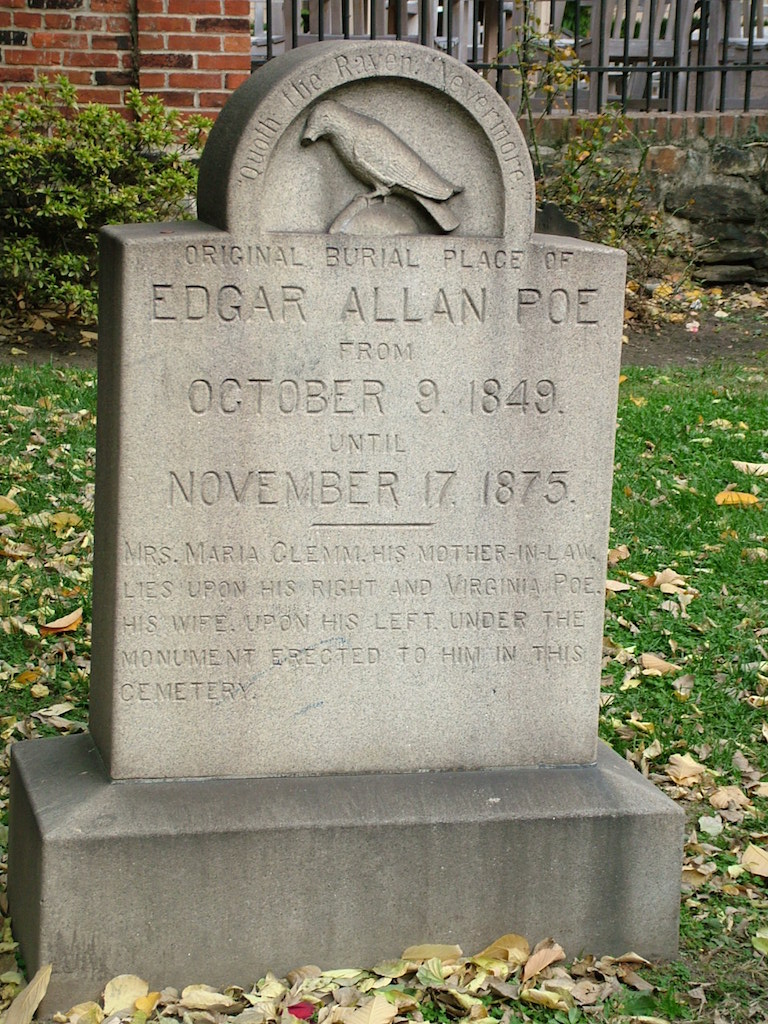 Edgar_Allan_Poe_lápida