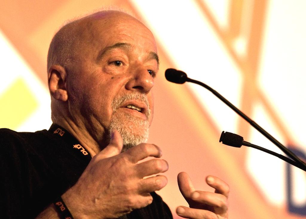 Paulo_Coelho_Wikipedia