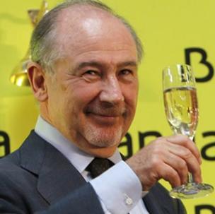 Rodrigo Rato, brindando por la salida a bolsa de Bankia. /Efe
