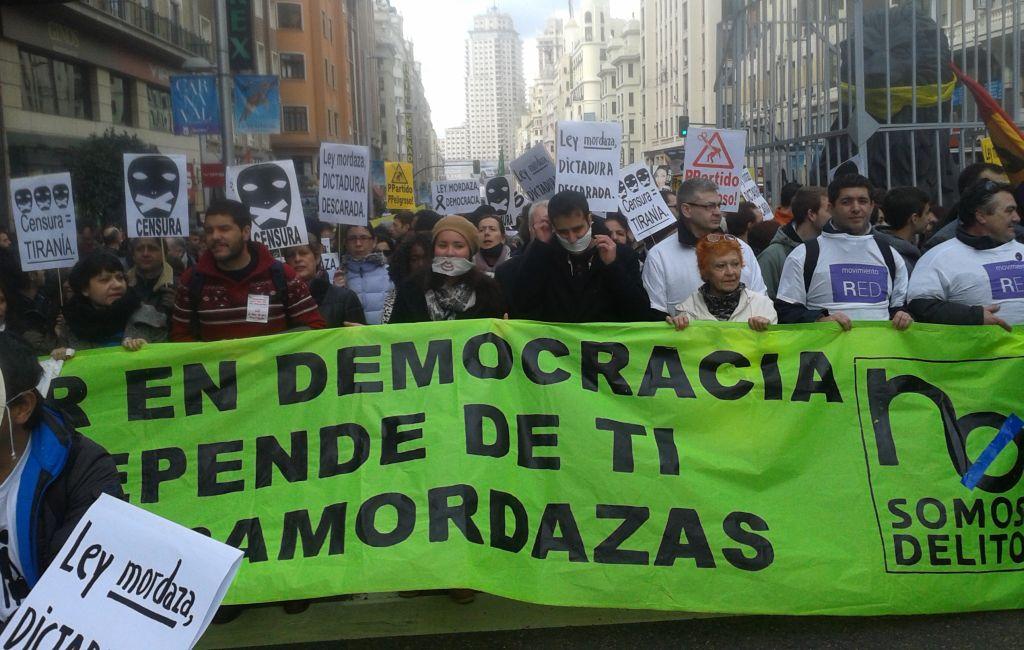 Cabecera de la manifestación contra la 'ley mordaza' celebrada este sábado en el centro de Madrid. / C. P.
