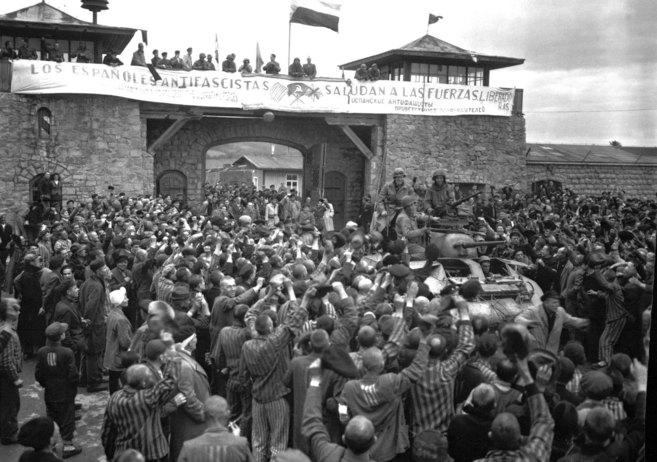 Españoles durante la liberación del campo de concentración de Mauthausen. / Efe