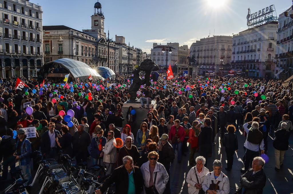 En directo manifestaci n contra el ttip for Puerta del sol hoy en directo
