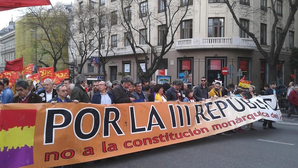 cabecera_IU_III_República