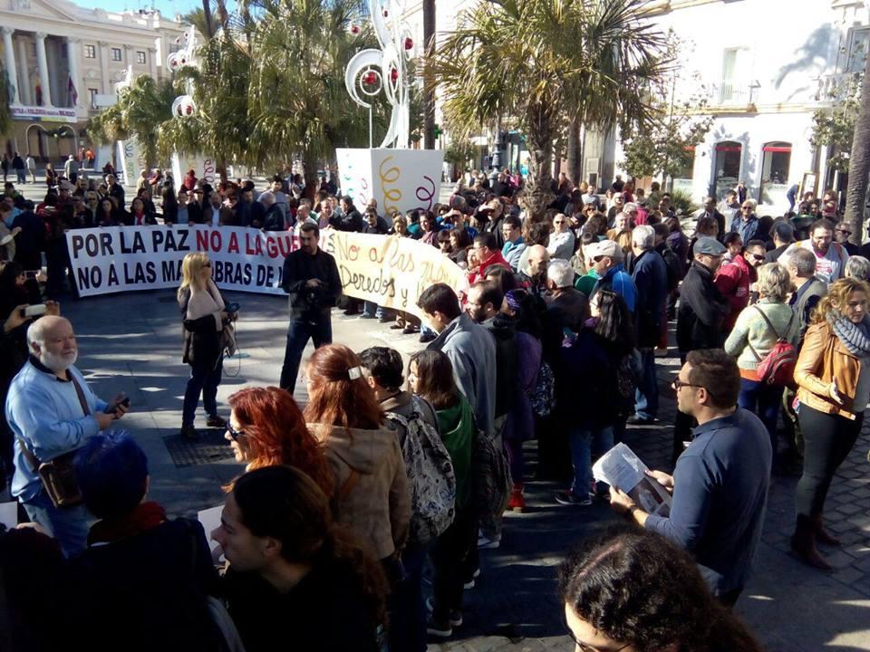 Concentración en Cádiz. / Anticapitalistas
