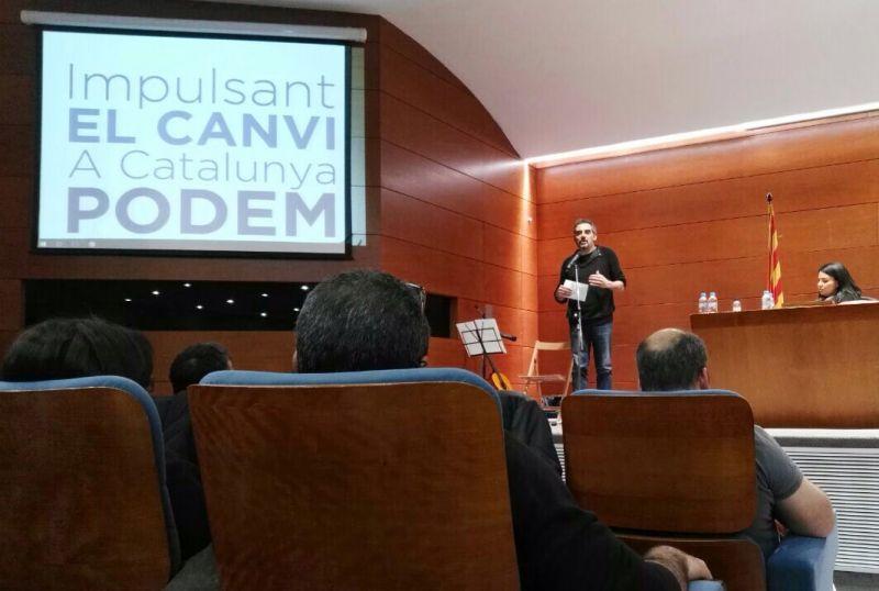 Raimundo Viejo, diputado del Congreso, en la presentación del manifiesto Impulsant el Canvi, A Cataluña Podem. / Impulsant el Canvi