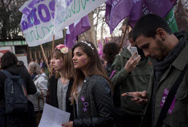 Imagen de la manifestación celebrada este 8 de marzon en Madrid para conmemorar el Día Internacional de la Mujer. / Luca Piergiovanni (Efe)