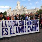 Pancarta-lucha-sin-fronteras-15M
