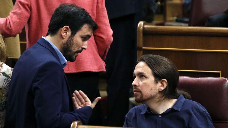 Alberto Garzón y Pablo Iglesias, en una imagen de archivo durante un pleno el el  Congreso. / Efe