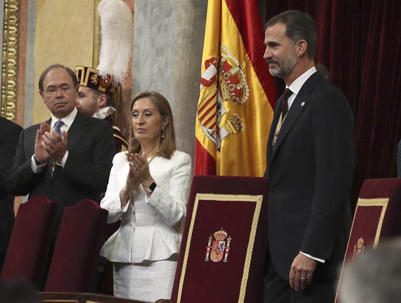 Ana Pastor. Bandera republicana