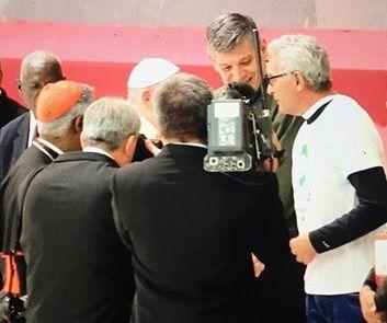 Diego Cañamero, a la derecha de la imagen, durante su encuentro con el Papa Francisco. / facebook de Diego Cañamero