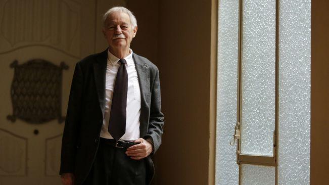 Eduardo Mendoza, premio Nacional de Literatura, en una imagen de archivo. / Efe