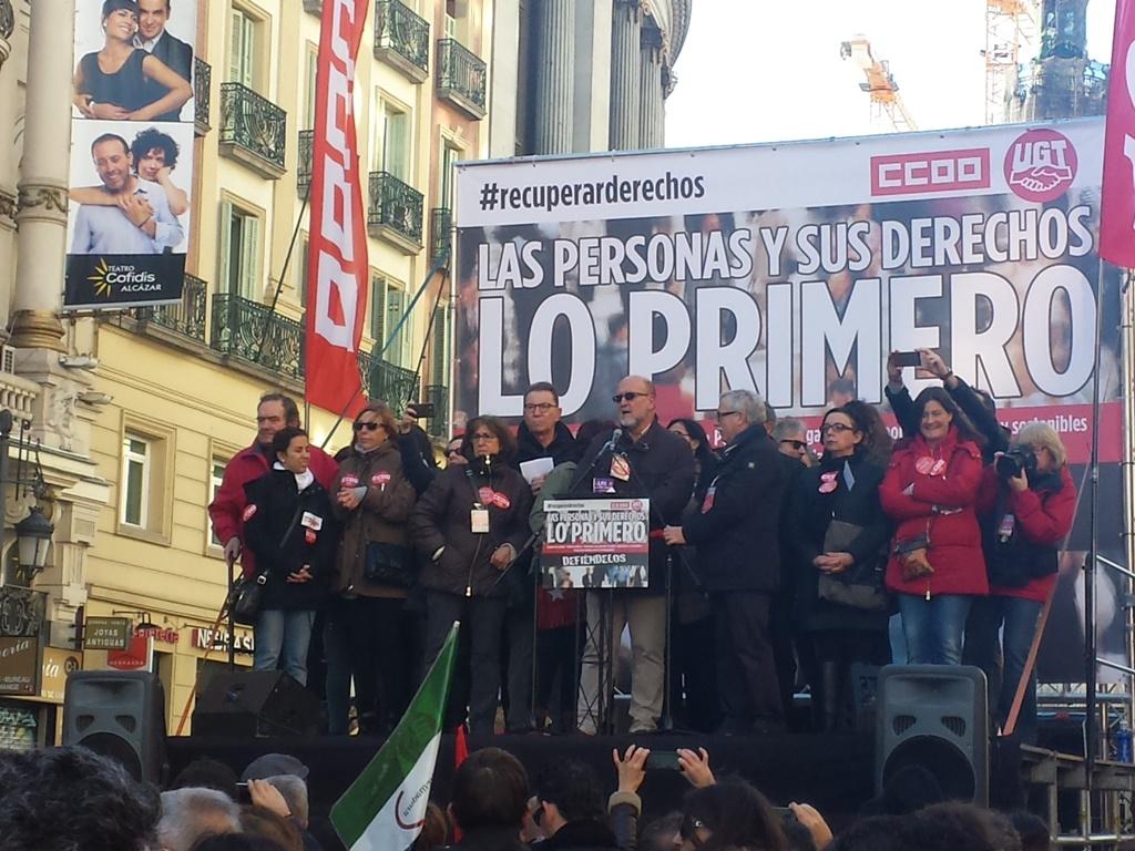 acto-sindicatos-manifestacion