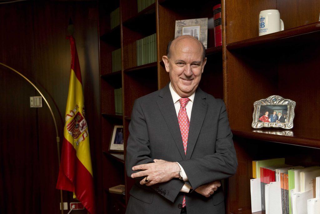 Andrés Ollero Tassara aspirante a presidir el Tribunal Constitucional, en el que ostenta plaza de magistrado