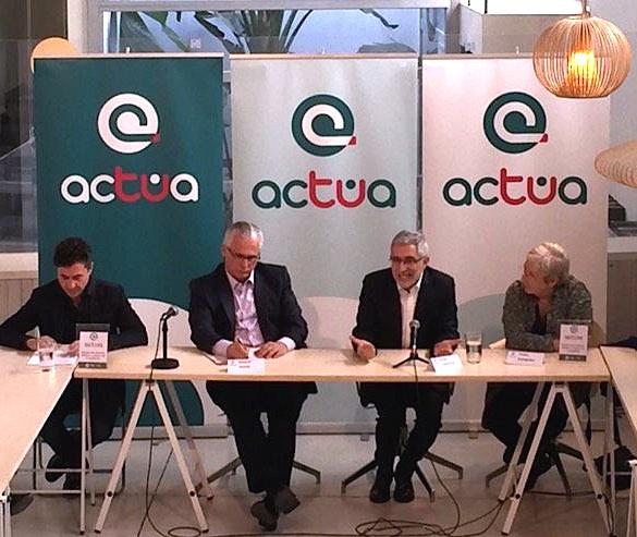 De izquierda a derecha, Rubén Bejarano, Baltasar Garzón, Gaspar Llamazares y Teresa Aranguren, esta mañana, durante la presentación de Actúa.