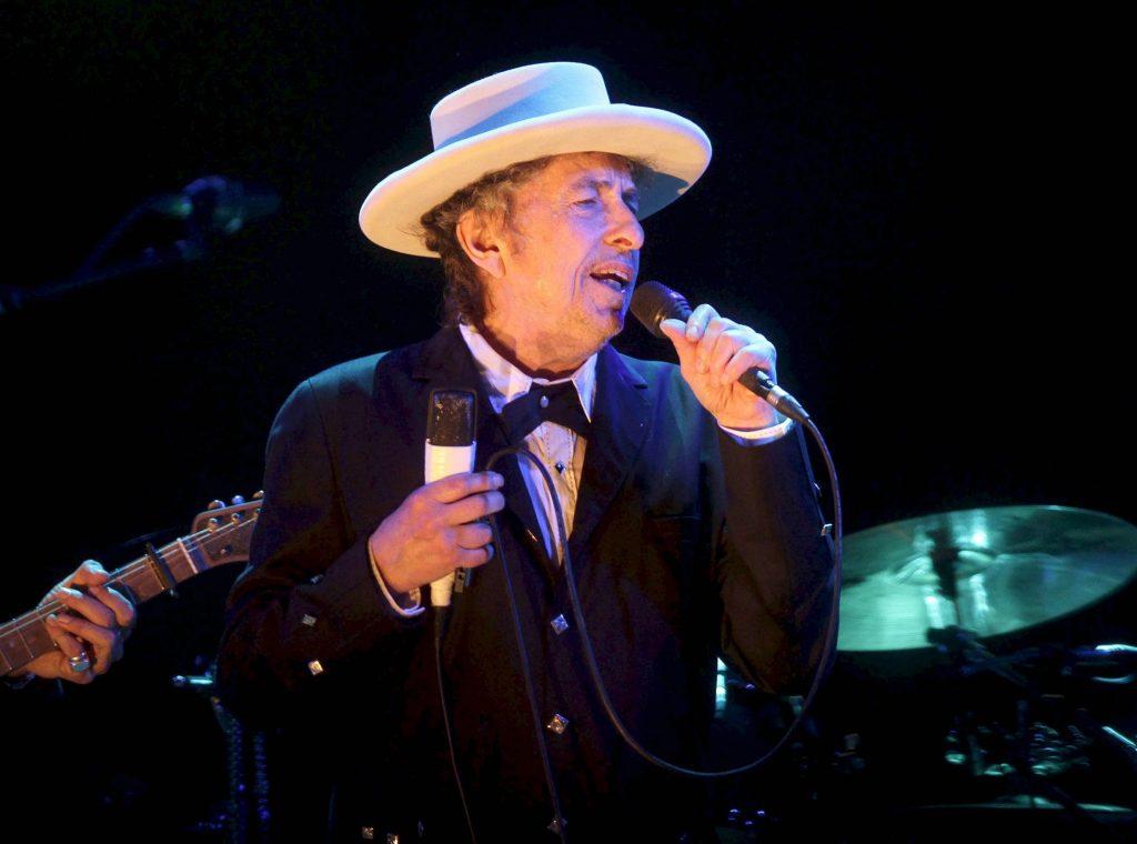 Bob Dylan, Premio Nobel de Literatura 2015, actúa en el Festival Internacional de Benicassim (FIB) de 2012