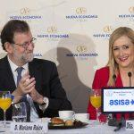 Mariano Rajoy, jefe del Consejo de Ministros, presenta a Cristina Cifuentes, presidenta de la CAM, en el Nueva Economía Fórum