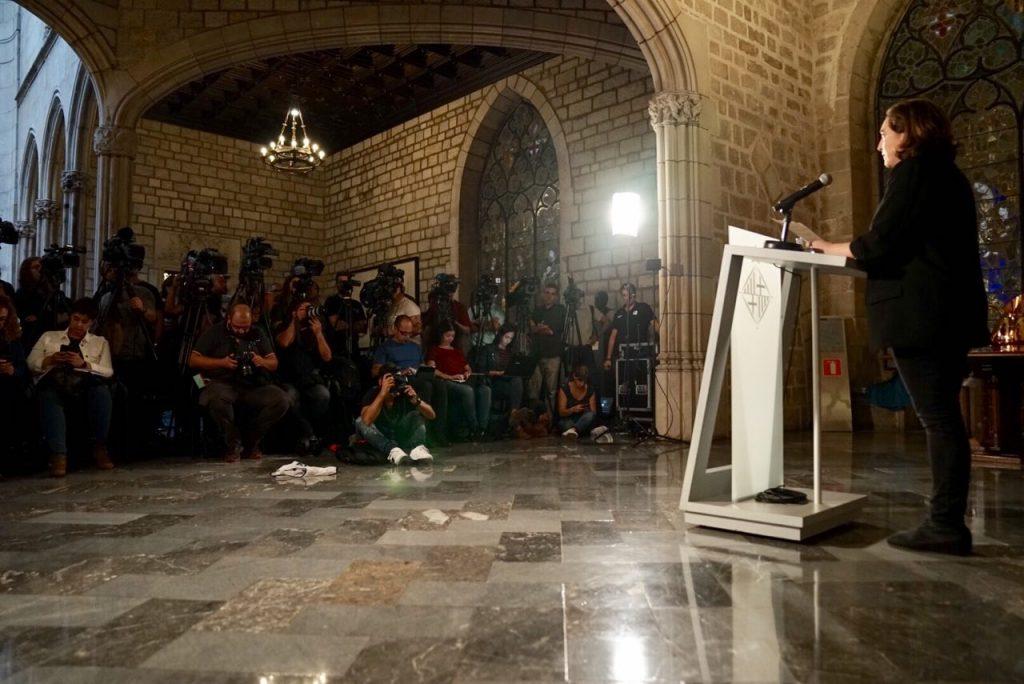 Ada Cola, el lunes, durante su comparecencia institucional.