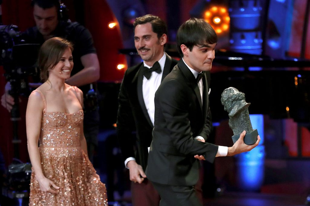 """El actor Eneko Sagardoy se llevó el galardón al Mejor Actor Revelación, por su interpretación en """"Handía"""""""