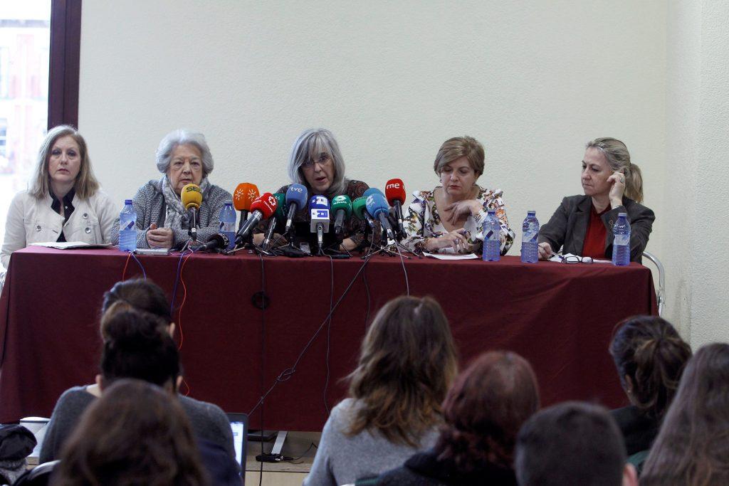 Rueda de prensa de mujeres del Derecho progresistas para denunciar la violencia judicial.