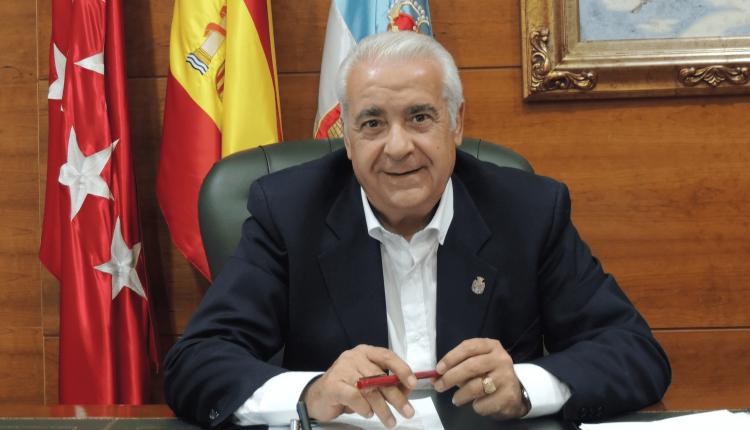El alcalde de Arroyomolinos, Carlos Ruipérez./