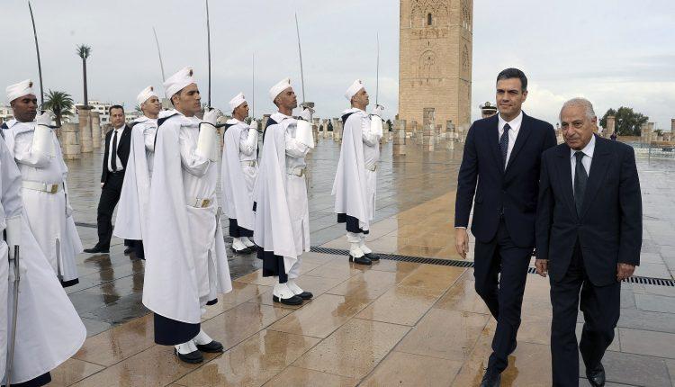 Sánchez llega a Rabat para reuniones con Mohamed VI y el primer ministro