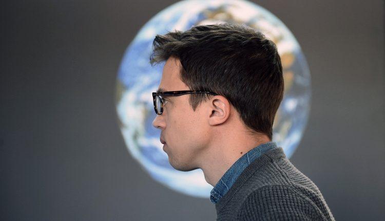 Errejón visita el Planetario y valora ante los medios la actualidad política Más Madrid