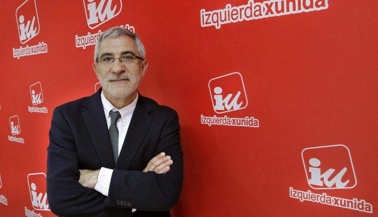 Gaspar Llamazares, que ha remitido este viernes una carta al coordinador general de Izquierda Unida, Alberto Garzón, en la que le comunica su baja del partido