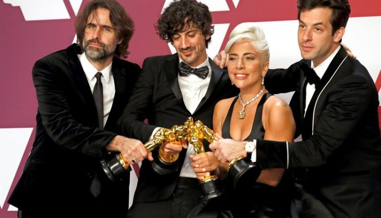 oscars 2019 Andrew Wyatt, Anthony Rossomando, Lady Gaga and Mark Ronson, winners of Best Original Song for 'Shallow' from 'A Star is Born
